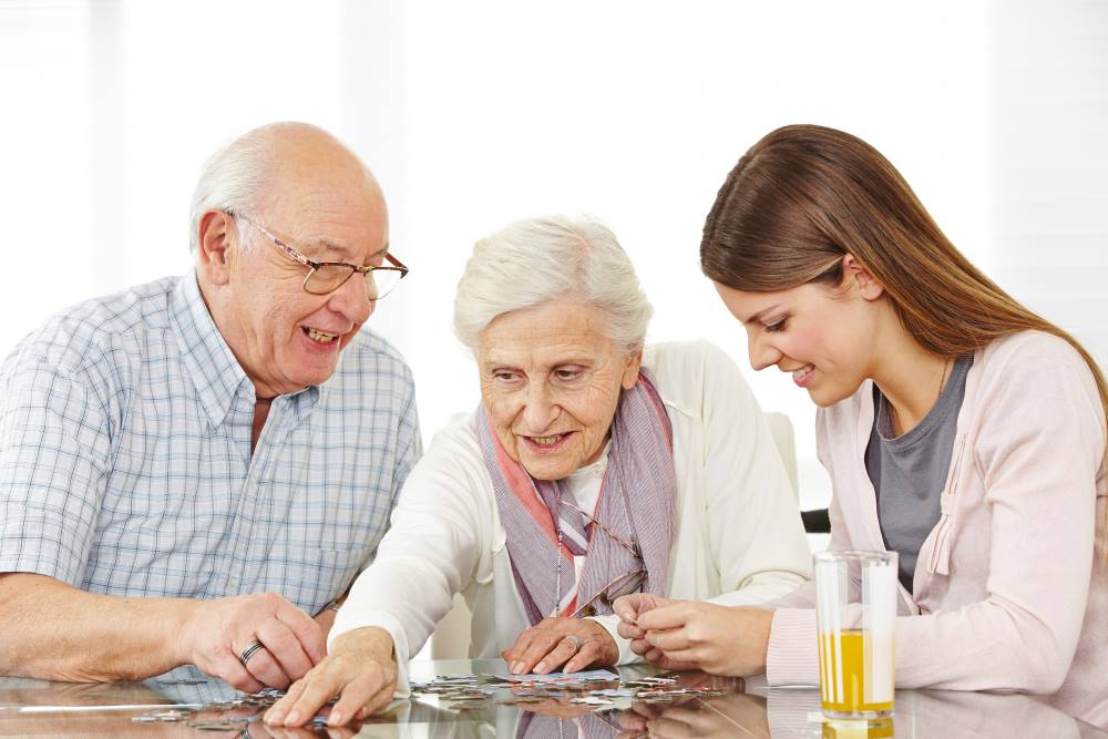 Toys For Seniors : The benefits of providing toys for people with dementia